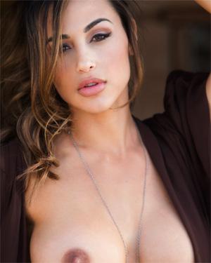 Ana Cheri Nude Posing