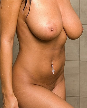 Cam With Carmen Nude Shower