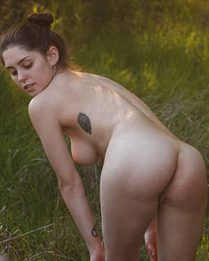 Christine Ash Nude Hiker Zishy