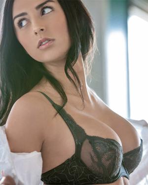Courtney Nikole Playboy