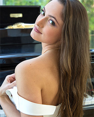 Deanna Greene Grand Piano Nudes