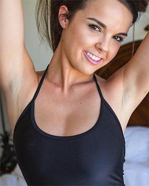 Dillion Harper sexy babe
