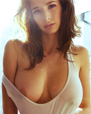 Emily Shaw Hotter Than Ever