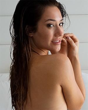 Eva Lovia Nude Miami Fun