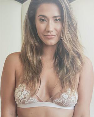 Eva Lovia soft and naked