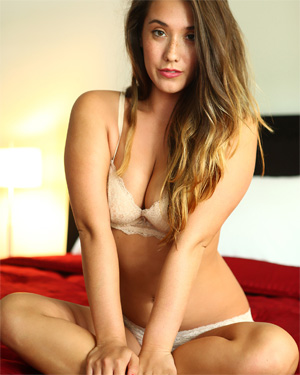 Eva Lovia Nude Review