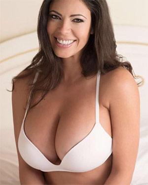 Fabiana Britto De Melo Sexy