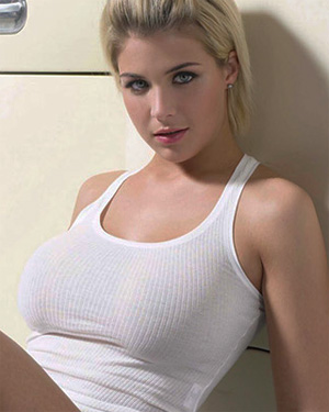 Gemma Atkinson Busty Blonde