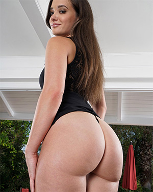 Gia Paige Black Dress In The Crack