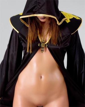 Gogo Cosplay Erotica