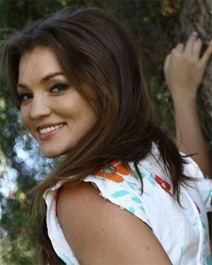 Hannah Townsend sexy model