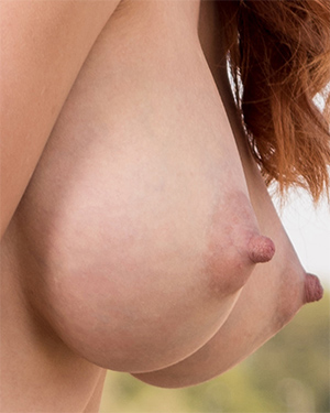 Helga Busty Redhead Newcomer Watch4Beauty