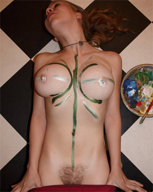Hilary Craig Painting Her Body Zishy