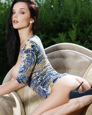 Jenya Nude