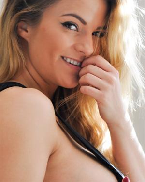 Jessica Kingham Shadows