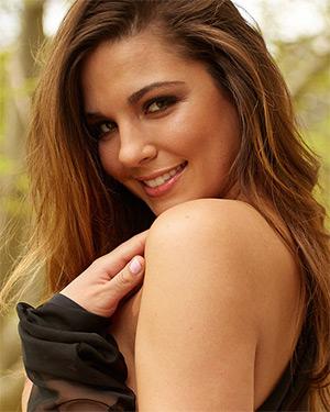 Jessica Ashley Busty Playmate
