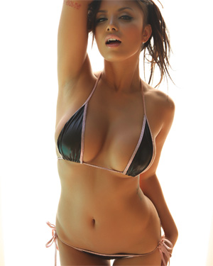 Club Justene Jaro Glowing