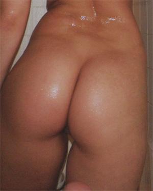 Kari Sweets Sexy Bikini Shower