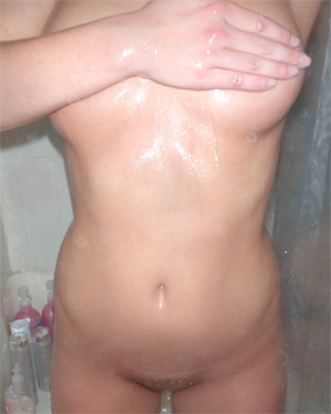 Kari Sweets Fuzzy Pussy Shower