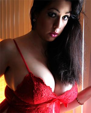 Kayla Kiss Nude Silhouette