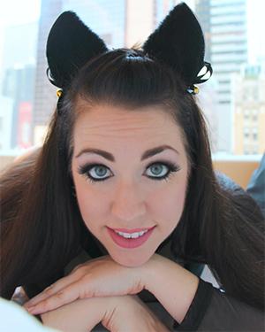 Kayla Kiss Sexy Bad Kitty