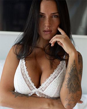 Kayla Lauren White Sheets Nudes