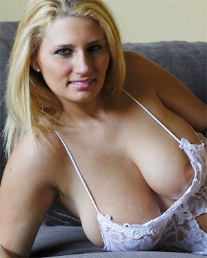 Kellie Sandlmodel Beauty
