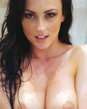 Lauren Wood Nude Bubble Bath