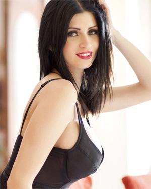 Lilly Roma busty romanian beauty