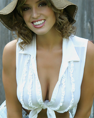 Lindsey Vuolo Fun Loving Playmate