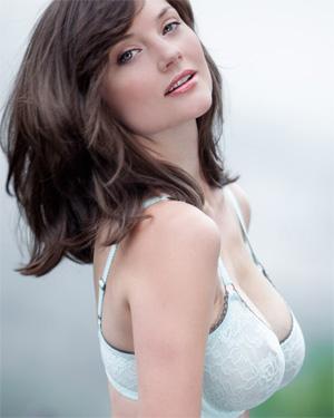 Lisa Kate Busty Brunette