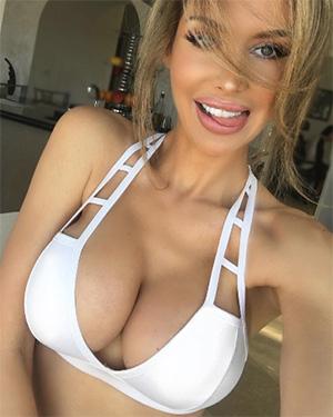 Miranda Nicole owns instagram