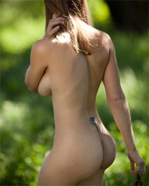 Nevaeh Nude Erotic