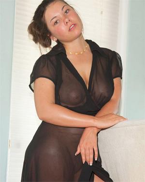 Nikki Yann Soapy Shower Zishy