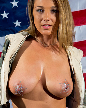 Nikki Sims Happy 4th Get Naked