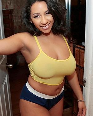 Priya Price Ms Juicy Booty GF Leaks