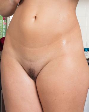 Rachelle Wilde Sex In The Kitchen