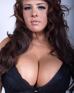 Robyn Alexandra Double D Boobs
