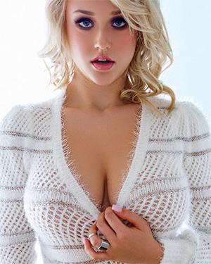 Sabrina Nichole Perfect Playboy Beauty