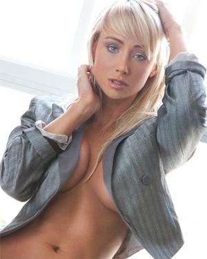 Sara Jean Underwood Nude Playmate