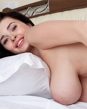 Sha Rizel Good Morning Nudes