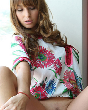 Shay Laren sexy model