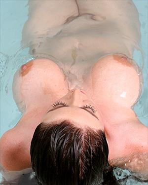 Sophie Dee Bikini Body