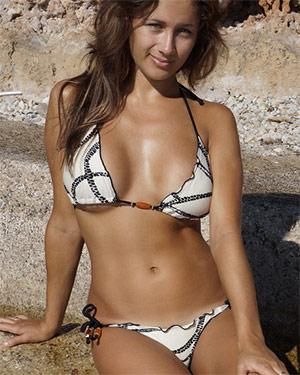 Sophie Perky Tits Flaunt It