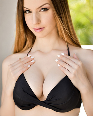 Stella Cox Awesome Teen Boobs