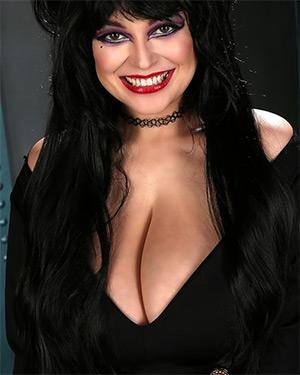 Tessa Fowler Glam Vamp