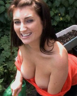 Tibby Muldoon Gardening Downblouse