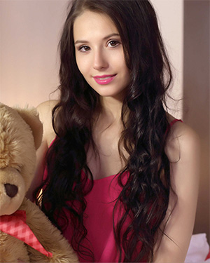 Vanessa her teddy and her body