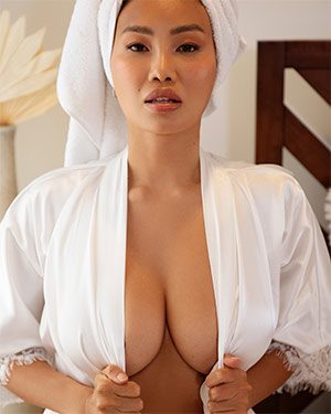 Viviane Leigh Time Alone Playboy