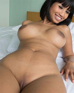Xanny Cute Naked Thai Girl